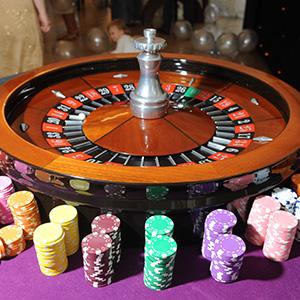 Aberdeen Fun Casino Roulette Table